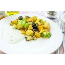 Legume prăjite cu sos de iaurt și usturoi